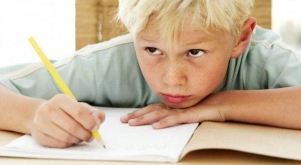 aboliti i compiti a casa