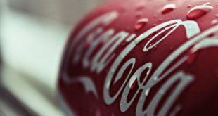 Ragazza ricoverata dopo malore: aveva trovato un verme nella Coca Cola